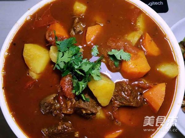 西红柿土豆胡萝卜炖牛腩怎么吃