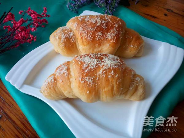 椰蓉面包成品图