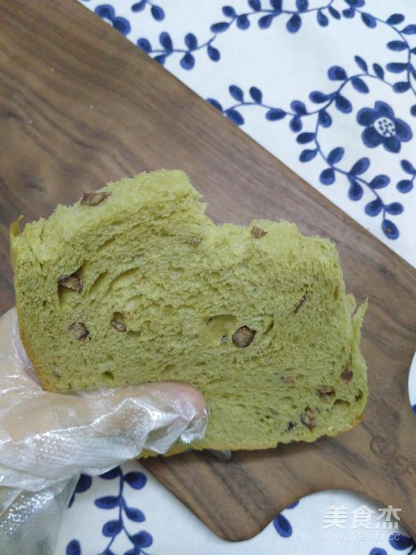 抹茶红豆吐司(面包机版)成品图