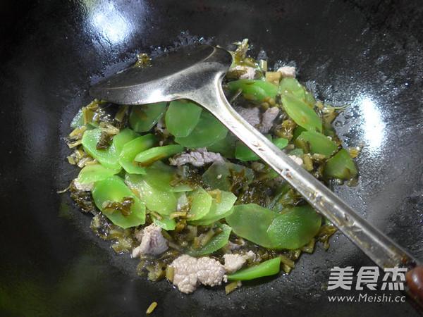 里脊肉雪菜炒莴笋怎么炒