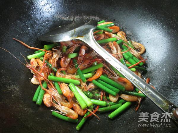 蒜薹炒河虾怎么煮