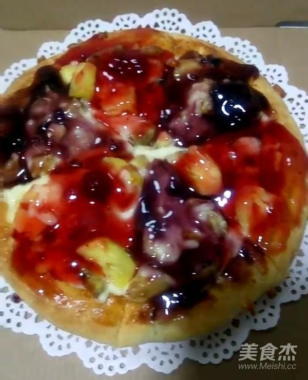 奥尔良口味厚底披萨成品图