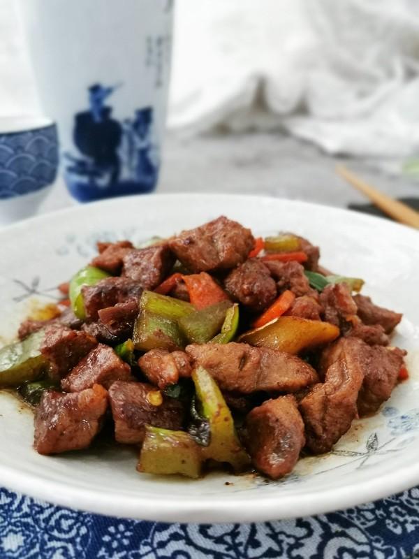 黑椒牛肉粒成品图