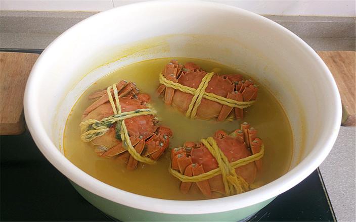 水煮大闸蟹的简单做法