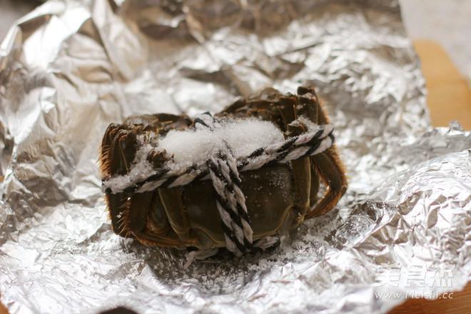 盐烤大闸蟹的简单做法