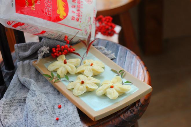 梅花蒸饺成品图