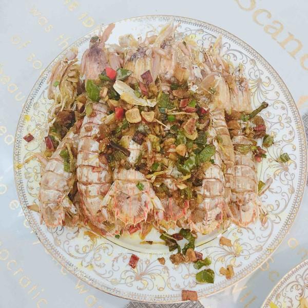 椒盐皮皮虾成品图