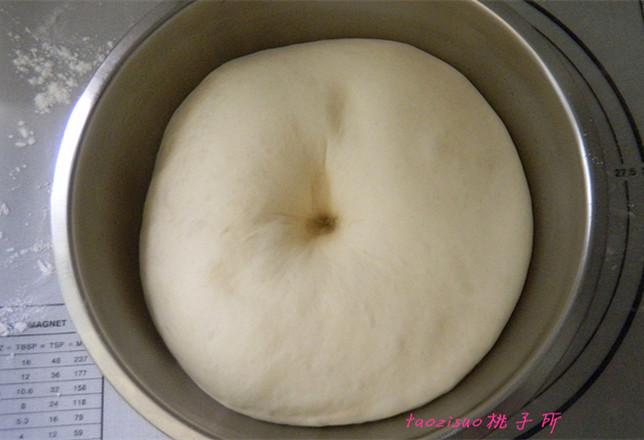 洋葱培根面包卷的家常做法