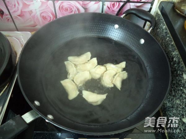 玉米胡萝卜猪肉饺子怎样煮