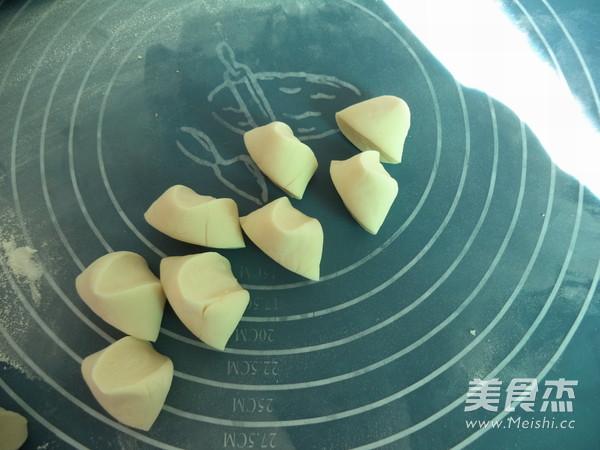 玉米胡萝卜猪肉饺子怎么煸