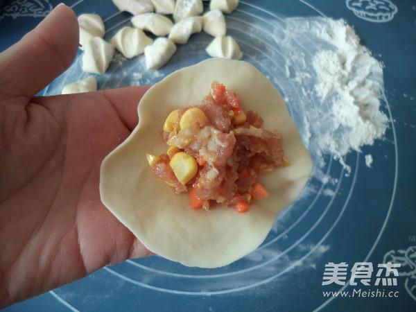 玉米胡萝卜猪肉饺子怎样做