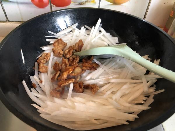 猪油渣炒萝卜丝怎么做