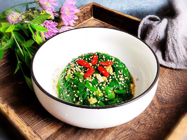 拌菠菜成品图