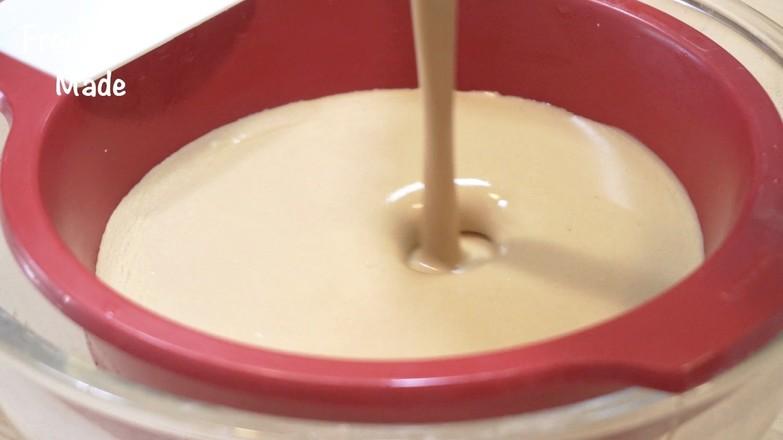 视频 摩卡千层蛋糕的简单做法