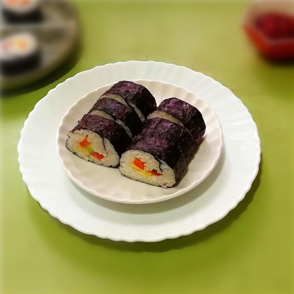 紫菜包饭成品图