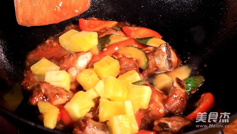 酸甜菠萝排骨怎么煮