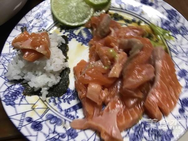 简易三文鱼餐成品图