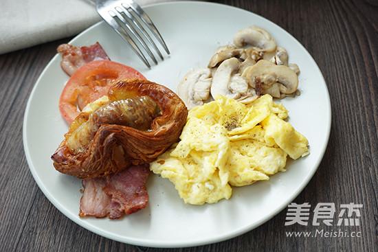西式炒蛋brunch成品图