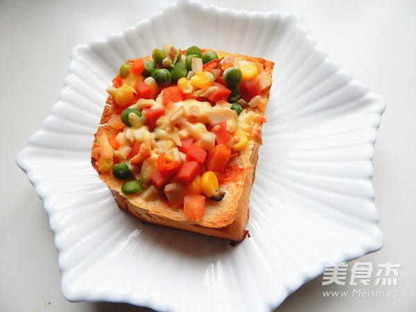 杏鲍菇吐司披萨成品图