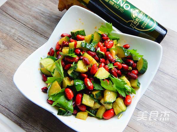 黄瓜拌花生米成品图