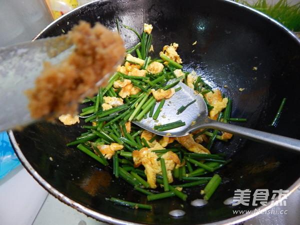 韭菜苔炒鸡蛋怎样煸
