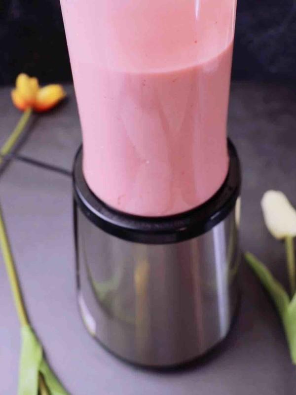草莓奶昔的做法大全