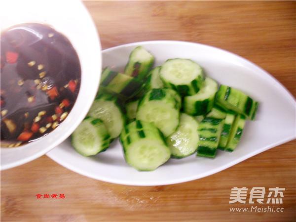 凉拌黄瓜怎么吃