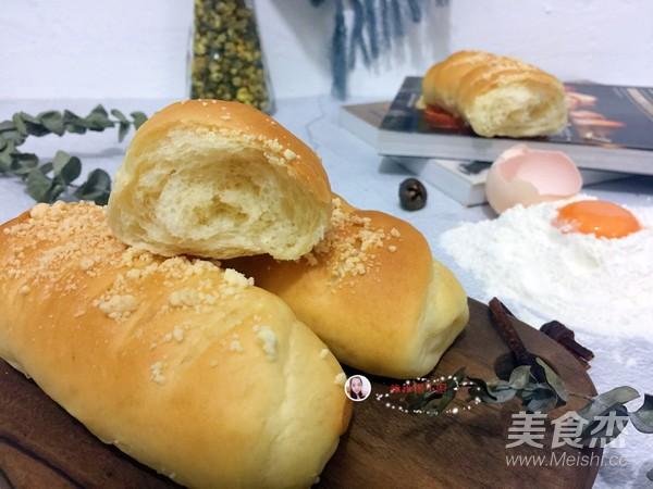 酥粒面包成品图