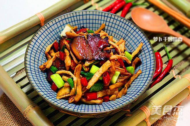 萝卜干炒腊肉成品图