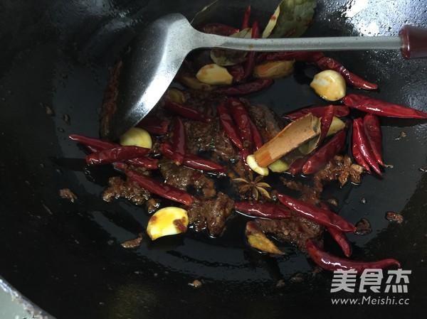 麻辣羊肉火锅的简单做法