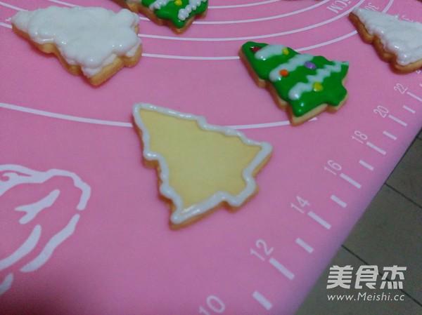圣诞树糖霜饼干的制作方法