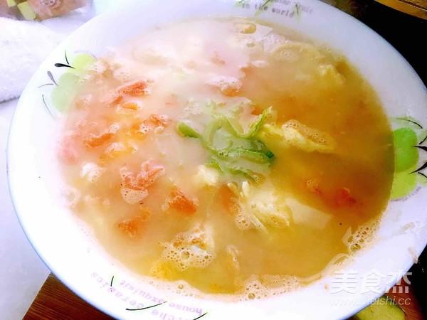 煎鸡蛋西红柿汤成品图