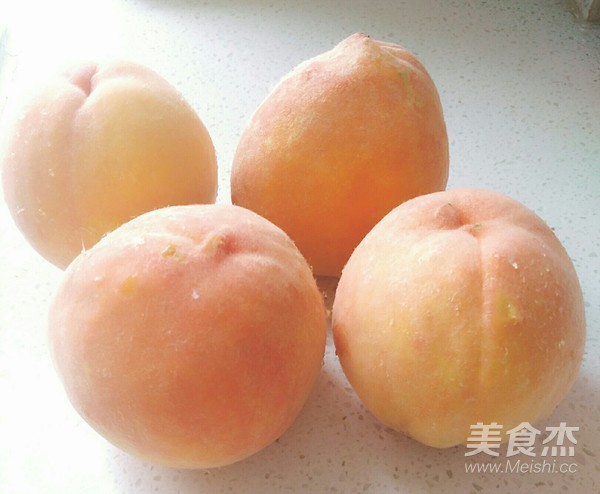黄桃罐头的做法大全