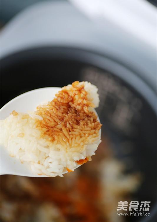 腊肉南瓜焖饭(电饭锅版煲仔饭)成品图