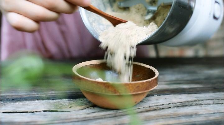 消水肿的薏米瓜子茶怎么做