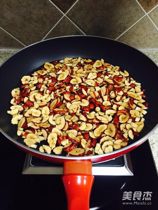 黑糖红枣姜母茶的做法大全