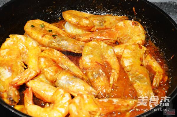 油焖大虾怎么煸