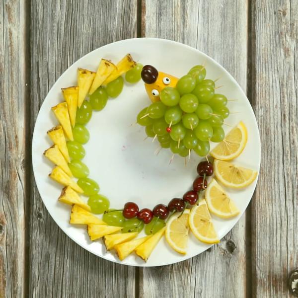 水果拼盘的家常做法