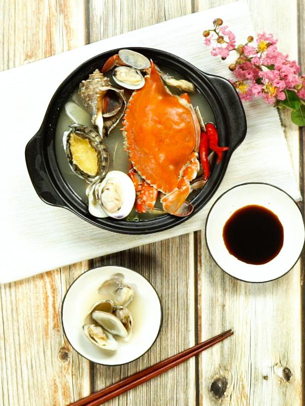 海鲜火锅成品图