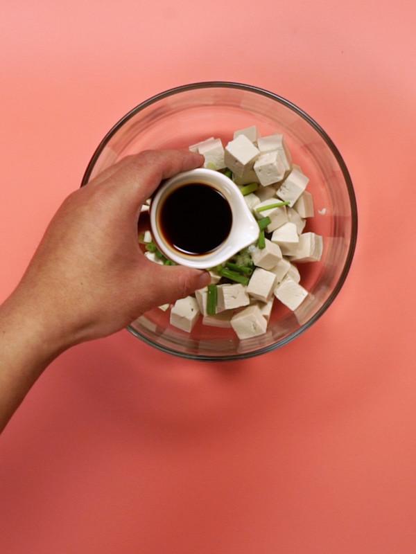 凉拌豆腐的家常做法
