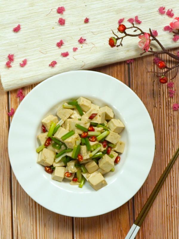 凉拌豆腐的简单做法