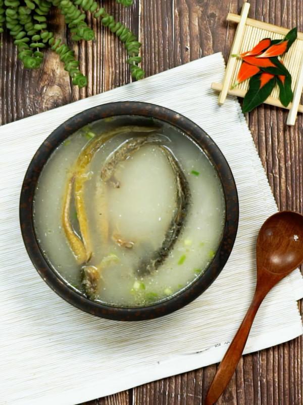 泥鳅汤成品图