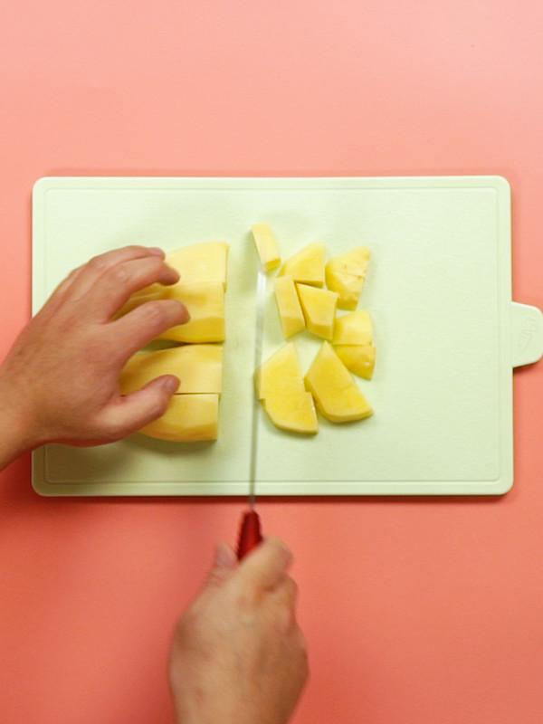 土豆炖五花肉的做法大全