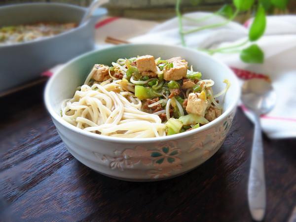 杂烩菜拌面的制作方法
