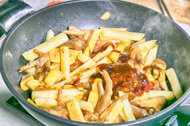 香辣肉蟹煲的家常做法