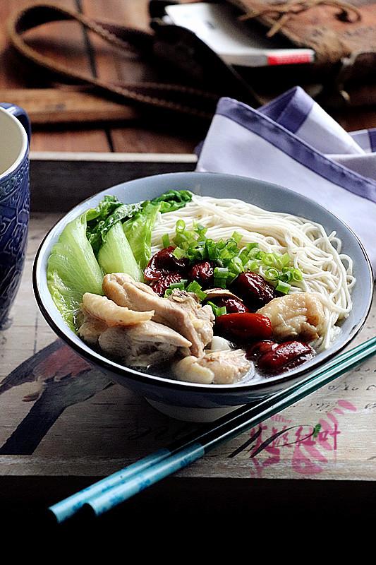 红枣鸡汤拌面成品图