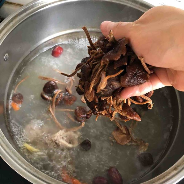 茶树菇汤的简单做法