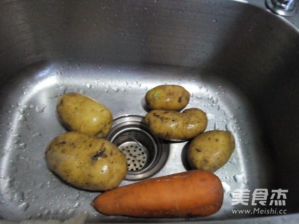 猪肉炖土豆胡萝卜的做法