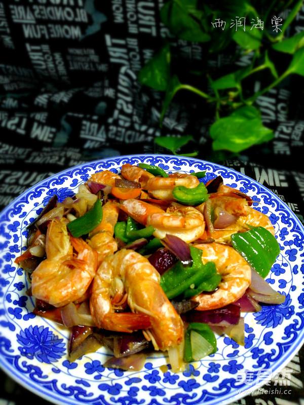 青椒洋葱虾成品图