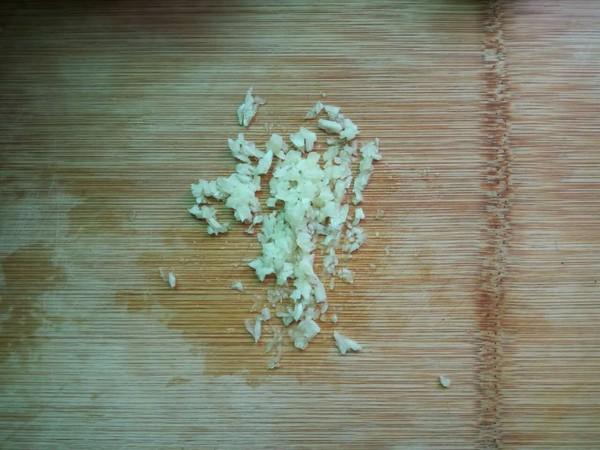 芹菜拌虾皮怎么做